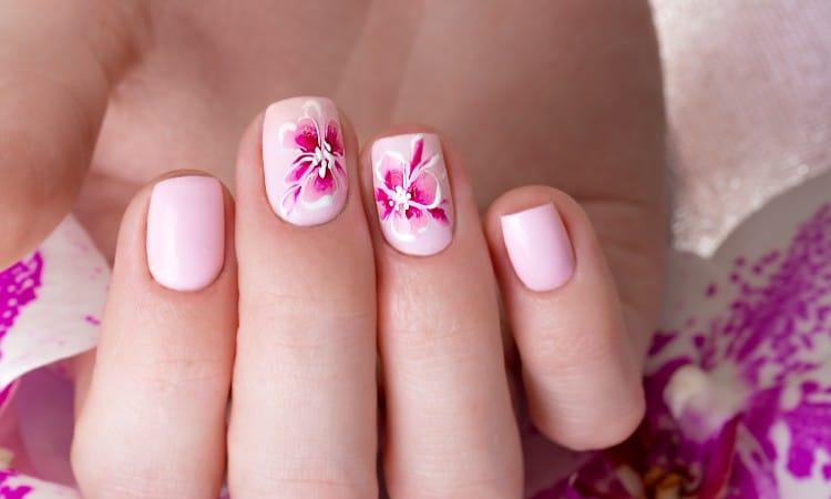 Acrylic nails paint