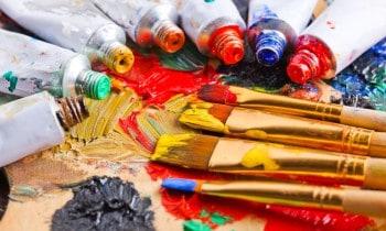 Acrylic paints toxic