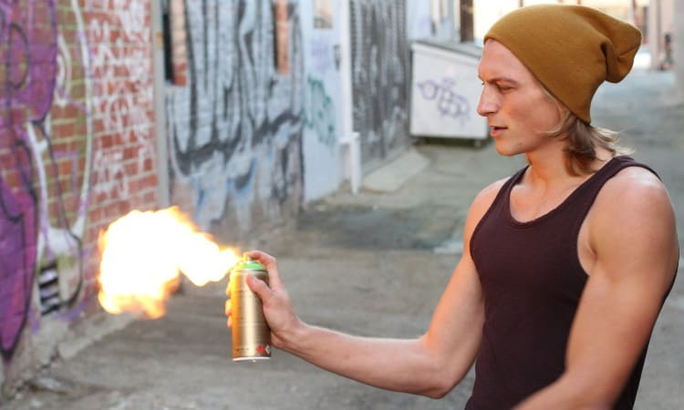 Is spray paint flammable